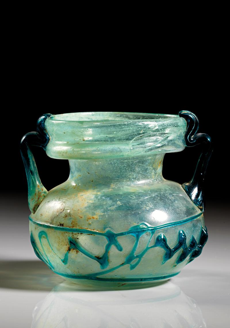 Lot 10 - objekte aus glas  -  Gerhard Hirsch Nachfolger Auktion 335 Antike Kunstobjekte